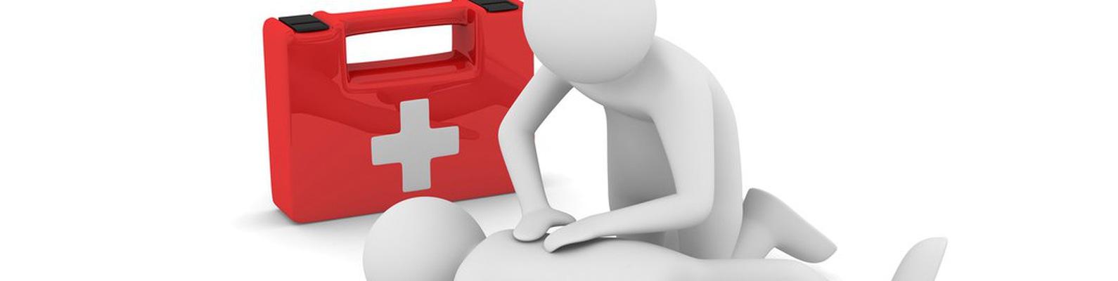 В группе ИС-33 были проведены занятия по оказанию первой доврачебной медицинской помощи
